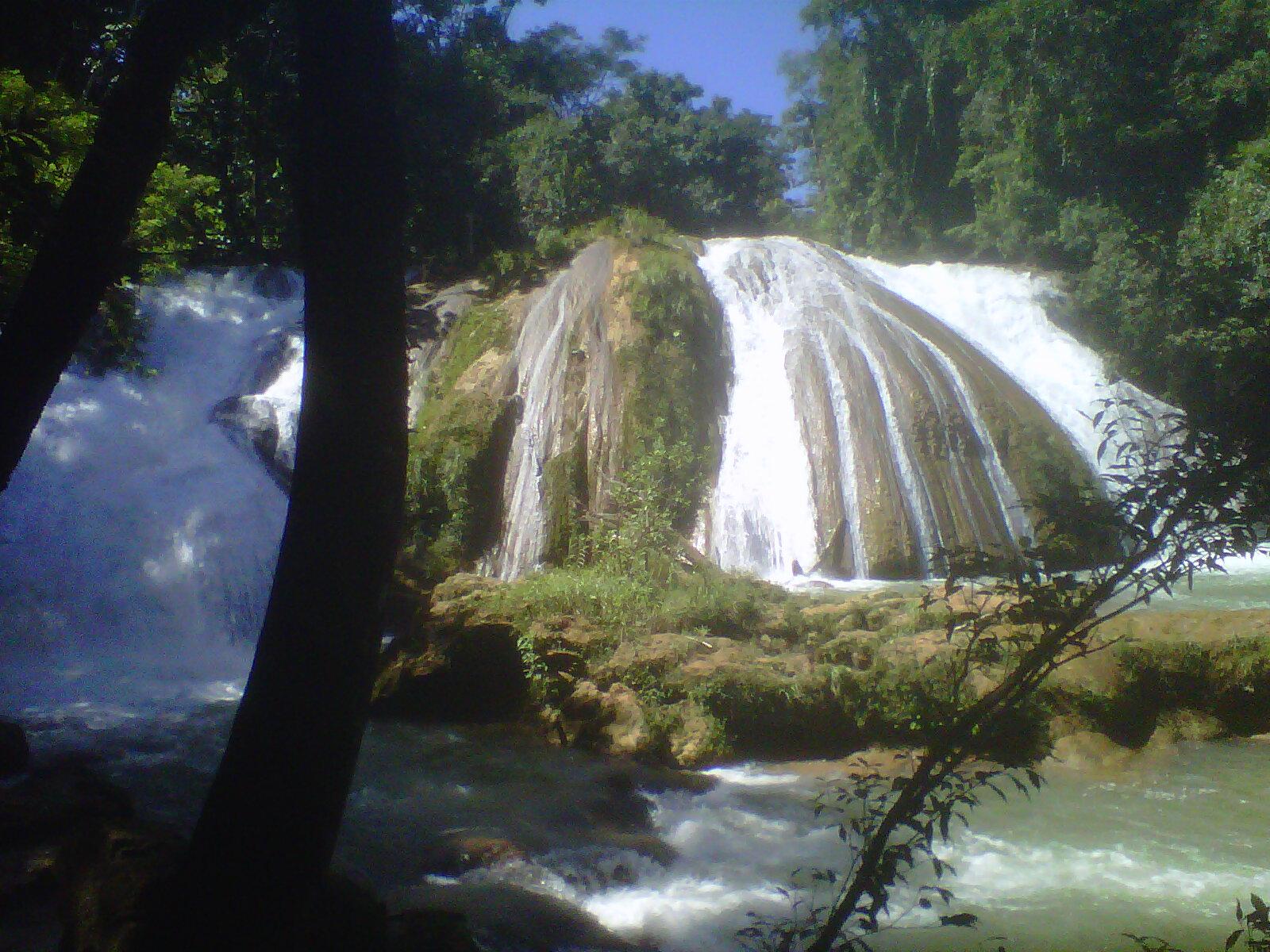 Cataratas azules, México