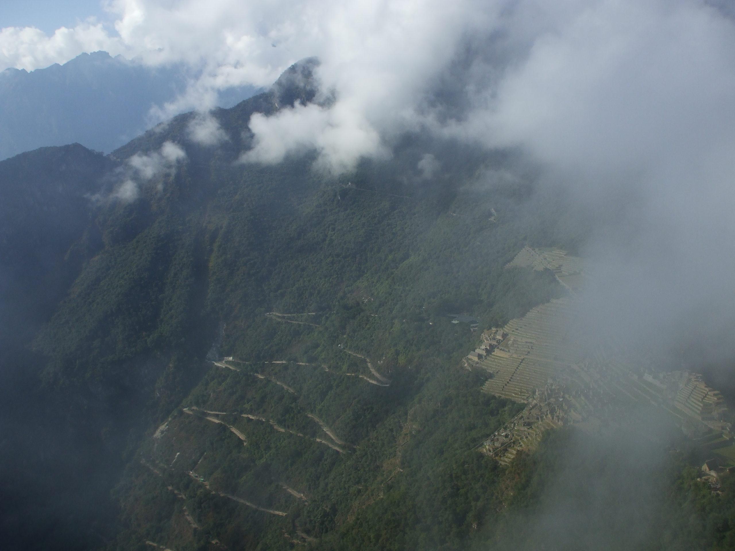 Machu Pichu desde las alturas, Perú